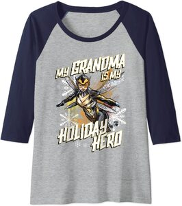 Camiseta Marvel Navidad Mi Abuela es mi Heroína
